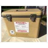 Engel Insulated Chest