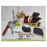 Kitchen Knives & Utensil Essentials
