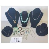 18 Pieces of Fashion Jewerly