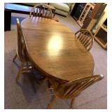 Oak dining room table w/4 matching chairs