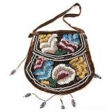EARLY 20TH C. IROQUOIS FLORAL BEADWORK PURSE