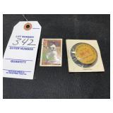 Mini Baseball Card Topps & Yellowstone Pin