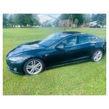 2014 TESLA automobile LOW MILES