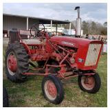 Farmall 140 tractor w/cultivators