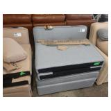 SERTA CASUAL CONVERTIBLE CARMEL PULL OUT TWIN