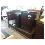 CHERRY STAINED KING SLEIGH BED SUITE W/ 6 DR.