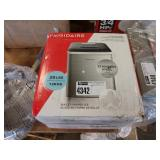FRIGIDAIRE S.S. COUNTER TOP ICE MAKER