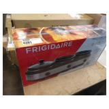 FRIGIDAIRE S.S. TRIPLE SLOW COOKER TRAY