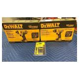 "Lot DeWalt 12V Max 1/4"" Impact Driver Kit,"