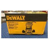 DeWalt 1 3/4 HP Fixed Base Router Kit