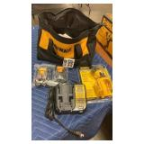 DeWalt 12V Max LED Worklight w/ 2 Batteries,