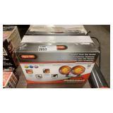 Lot 2 Dyna-Glo Radiant Tank Top Heater,