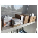 Lot 8 Asst Boxes & Bags Sandwich Bags, White Paper