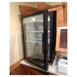 True GDM-07-LD Table Top Display Refrigerator