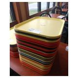 Lot 50 Multicolored Resin Trays