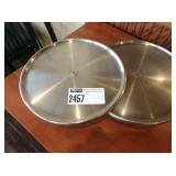 1 Lot 2 Stainless Steel Revolving Cake Stands
