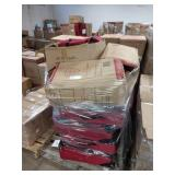 """1 LOT, 15 TRAVELERS CLUB RED 25"""" EXP SUITCASES"""