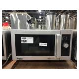 Amana Commercial Microwave, Model RMS10D  #209