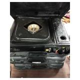 1 Lot 3 Portable Gas Stoves