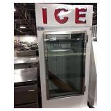 New Leer Ice Merchandiser, Model L030UAGE, DOM