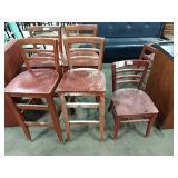 1 Lot 5 Asst Cherry Wood Chairs: 4 Bar Height, 1