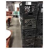 1 Lot 5 Black Milk Crates