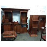 1 Lot Wood Cabinet & Hutch