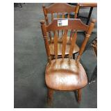 1 Lot 2 Wood Slat Back Dining Chairs
