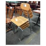 1 Lot 4 Wood Grained Stack School Chairs