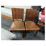 4x In Sync Wood Frame Dining Chairs w/ Brown