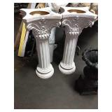 1 Lot 2 White Grecian Urns