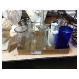1 Flat Asst Vases