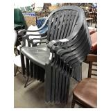 1 Lot 7 Grey Resin Patio Stack Chairs
