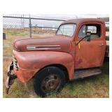 7 Image(s) 1952 FORD F-4
