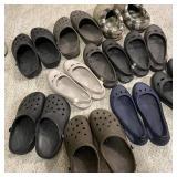 10 Pair Ladies Crocs size 7W