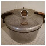 Vintage Presto Slow Pressure Cooker