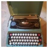 Vintage Smith Corona Hammer Typewriter