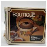 Vintage Boutique Mushroom 2 Quart Seamless Kettle