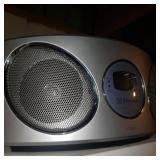 Emerson Extra Bass Radio
