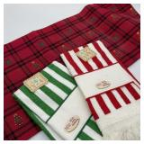 Christmas Table Runner w/2 Towels for Craft