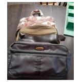 Travel Bags For Men and Women