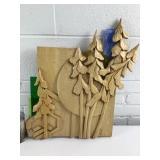 Plaque sculpture en bois par Jacques Baril