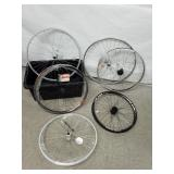 [C] Lot de roues de vélo dont MTX33