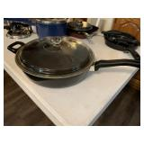 Large deep skillet with lid