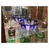 Bohemian blue bowl & 2 etched wine glasses (base