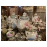 2 Tea pots/cups tea set - Royal Sealy & hand
