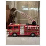 Unit 22 firetruck toy lights and sirens works
