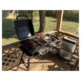 Blackstone griddle/grill and barbecue tools w/