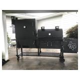BBQ PIT SMOKER BY KLOSE, USED 1 TIME