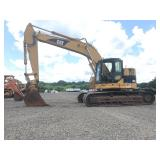 2005 CAT 321C LCR EXCAVATOR, C/H/A, SHOWING 11,637 HRS, S/N # CAT0321CVMCF00716